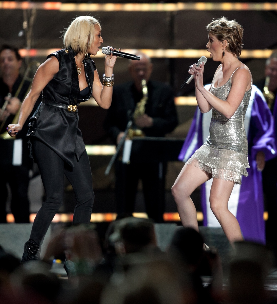 Keri Hilson with Jennifer Nettles from Sugarland