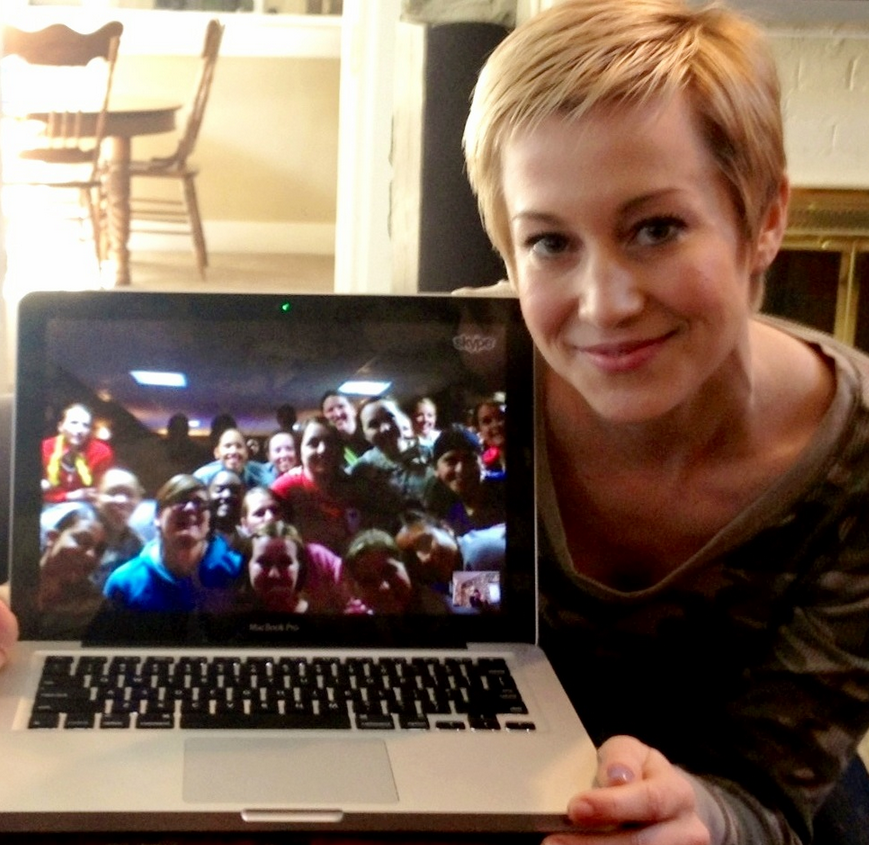 Kelli Picker Skypes with service women at the USO in Kandahar