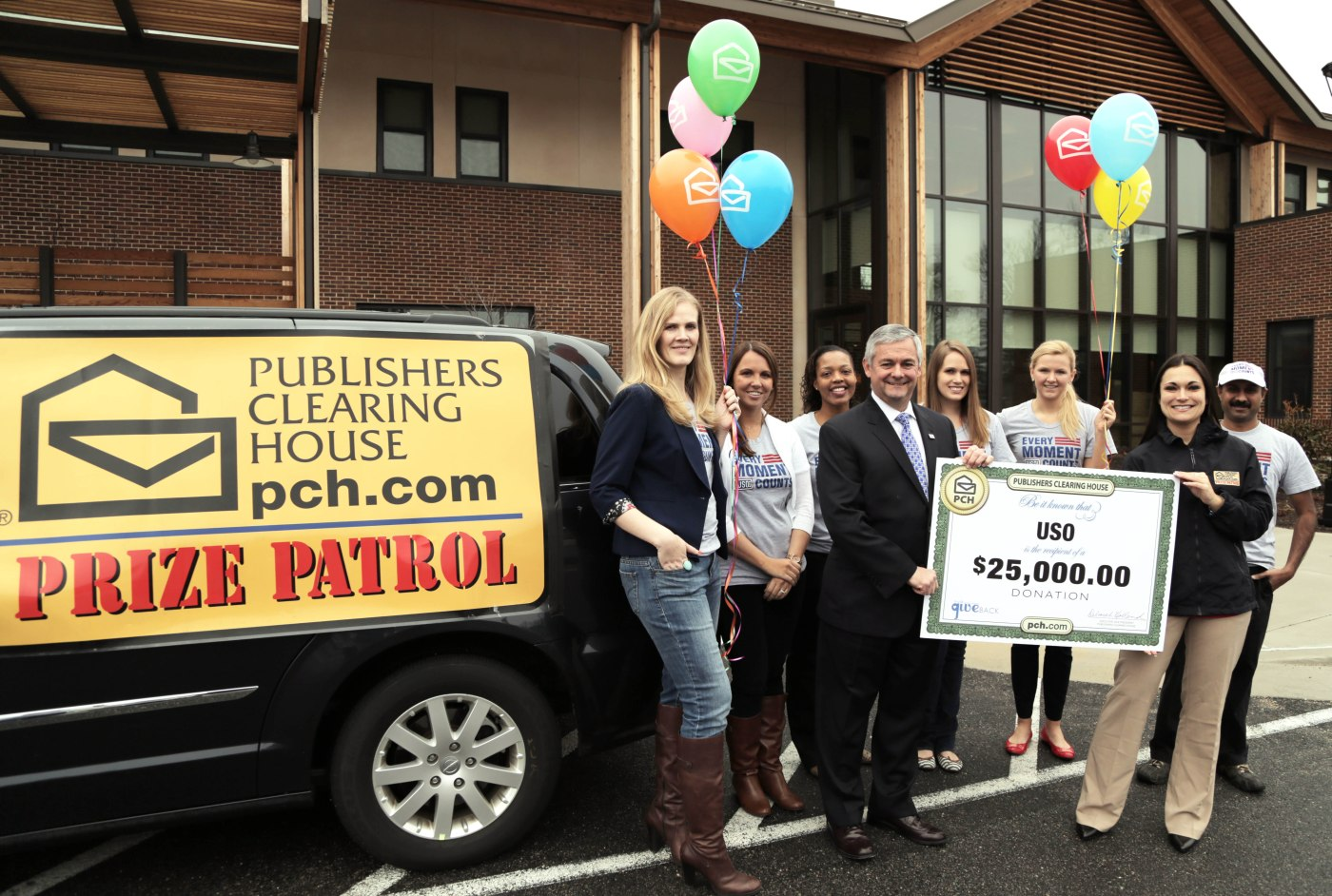 Publishers Clearing House Prize Patrol Delivers $25,000 Check to the