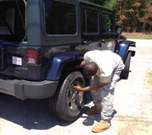 South Carolina National Guard Sgt. Gene Parker - along with Sgt. 1st Class Charles Boone - provided clutch roadside assistance for the USO over the weekend. USO photo