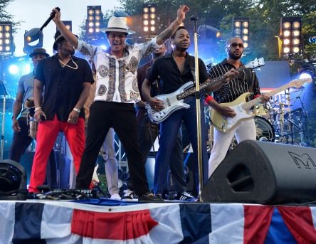 Bruno Mars and his band perform at the USO's Salute to the Military show July 4 at the White House. USO photo by Mike Thelier